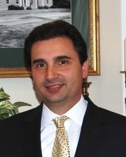Vincent C DeLuca