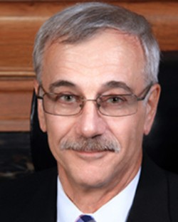 Daniel M Martuscello