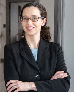 Naarah Elise Putnam