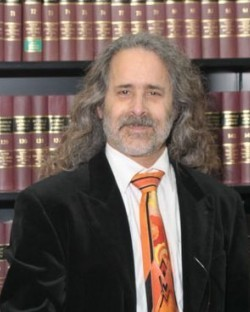 Robert L Levi