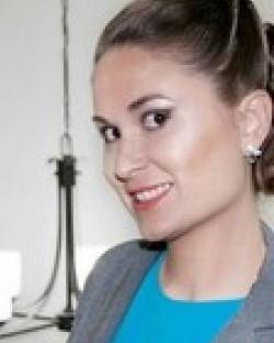 Jennifer E Portell