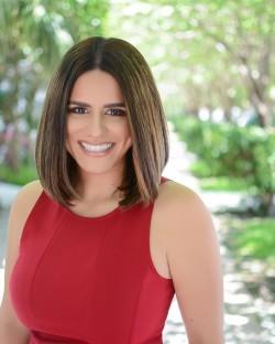 Isabel Abrams
