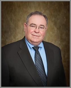 Robert W Leonard Jr