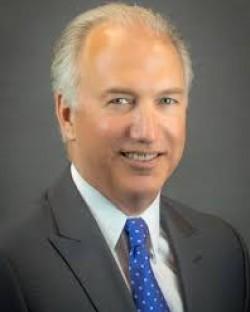 J Stephen Hunnicutt