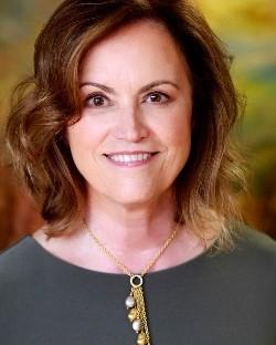 Linda J Retz