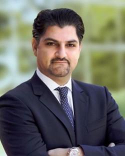 Daryoosh Khashayar