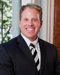 Kevin Kampschror